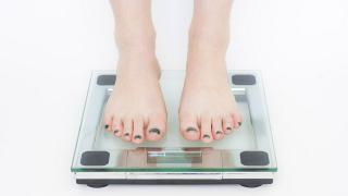 食べても太らない方法はないの?自然に体重を落とすには?