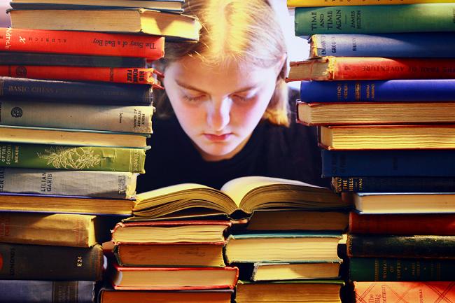 なぜ自己啓発本やスピリチュアル本を何冊も読んでも変われないのか