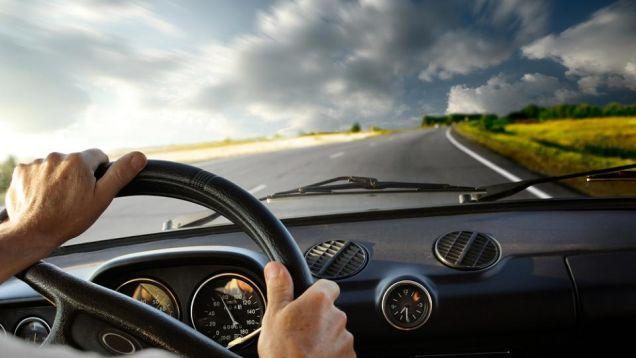 車の運転中のイライラ&文句を解消し、なくす方法